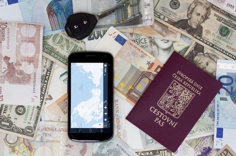 Documenti necessari per andare a Praga? Passaporto o carta d\'identità?